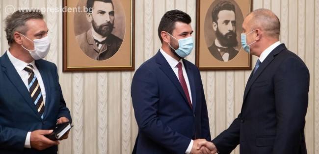 Bulgaristan Cumhurbaşkanı Radev, Kuzey Makedonyalı Bulgarlarla görüştü